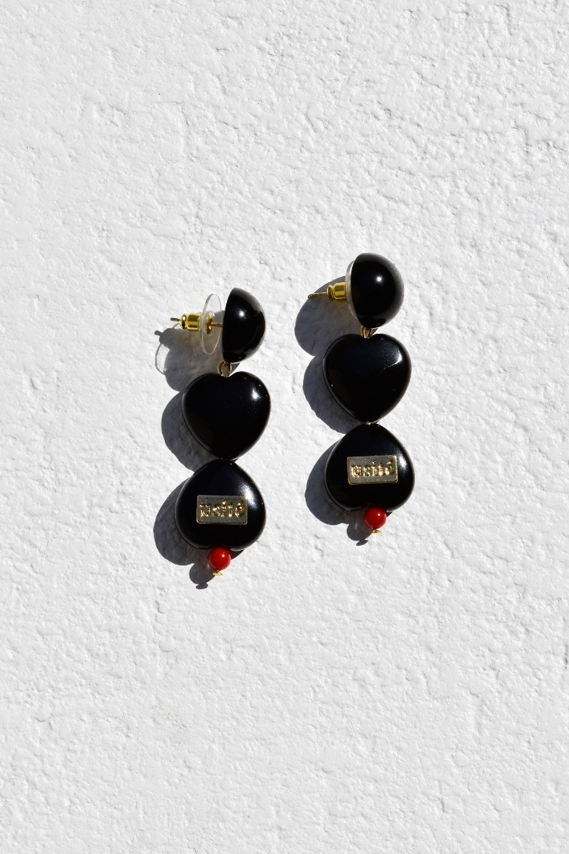 Love Holly Earring (Black)